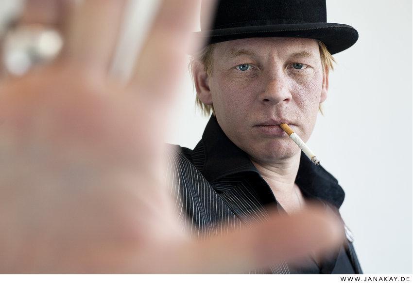 Ben Becker Ben Becker<br><i>Galore Magazin</i> - Portrait
