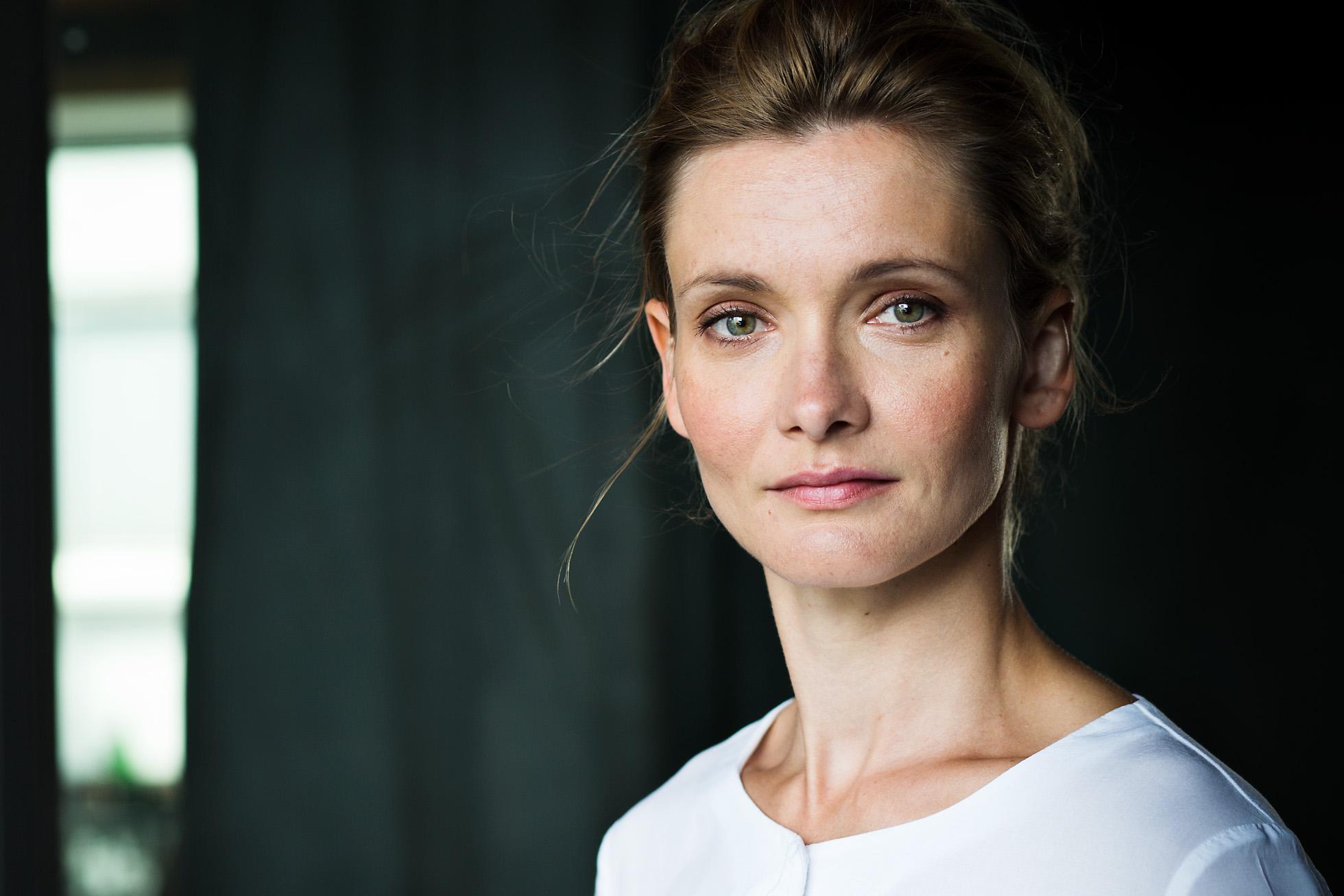 Alexandra Finder Alexandra Finder - Portrait